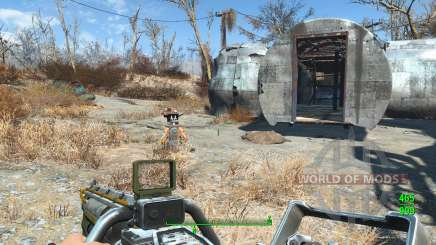 Lowered Weapons для Fallout 4