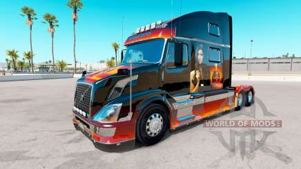 Скин Girl на тягач Volvo VNL 780 для American Truck Simulator
